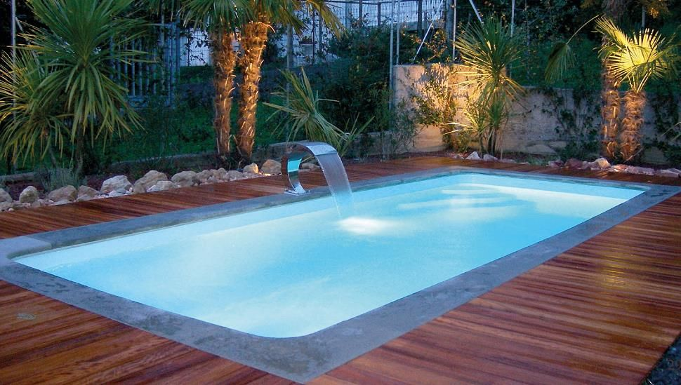 Swimming pool artista giardiniere - Piccole piscine in casa ...